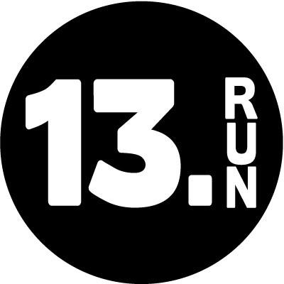 13.RUN round color sticker - Black