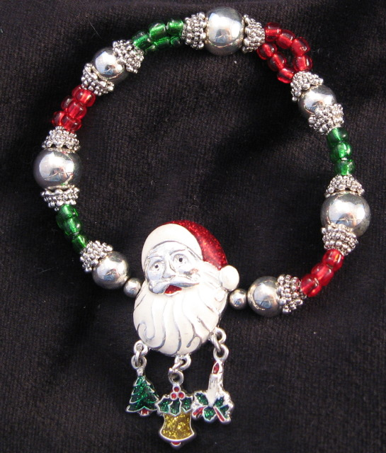 Santa Face Dangle Charm Bracelet